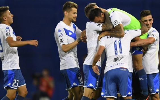 Superliga | En la vuelta/despedida de Cubero, Vélez venció a Colón y se prende arriba | GOLES